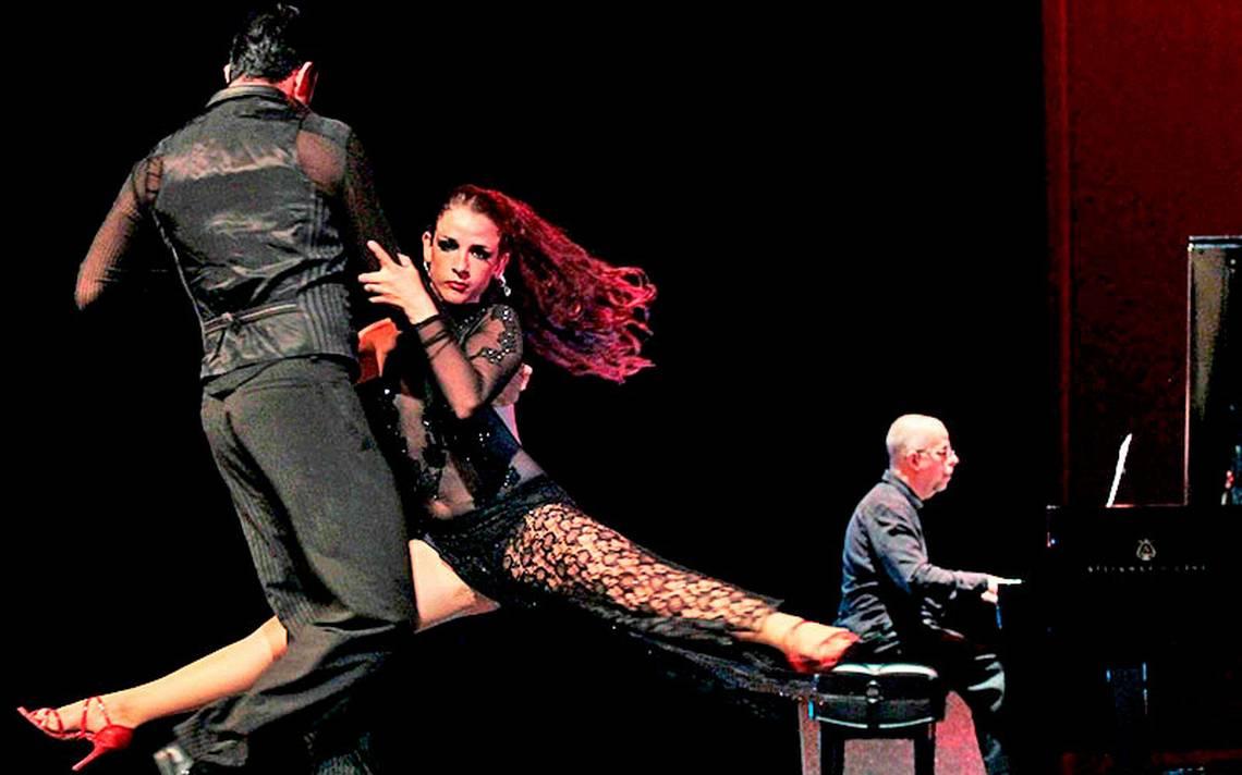 """""""El tango no se baila, se camina"""""""