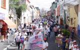 Comerciantes de Cuautla marchan para exigir se les deje abrir sus negocios ante la crisis por la pandemia