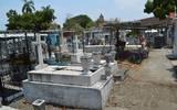 Las cajas de los fallecidos por el virus ya van selladas por la funeraria al panteón
